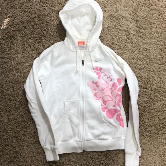 Nike Tops - Nike zip up sweatshirt